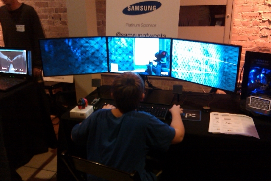 Kid with 3 Monitors for online gaming